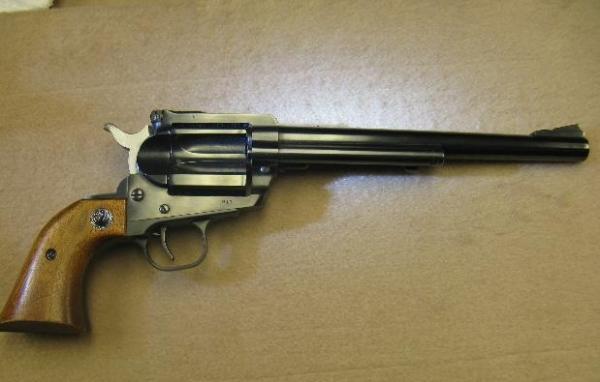 1913899-02-ruger-hawkeye-single-shot-pist-640-413.jpg