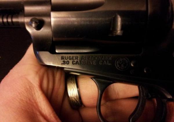 258529-02-ruger-blackhawk-30-carbine-640-129.jpg