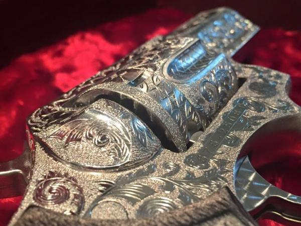 extensively-engraved-one-of-a-kind-berden-sp101-14-537.jpg