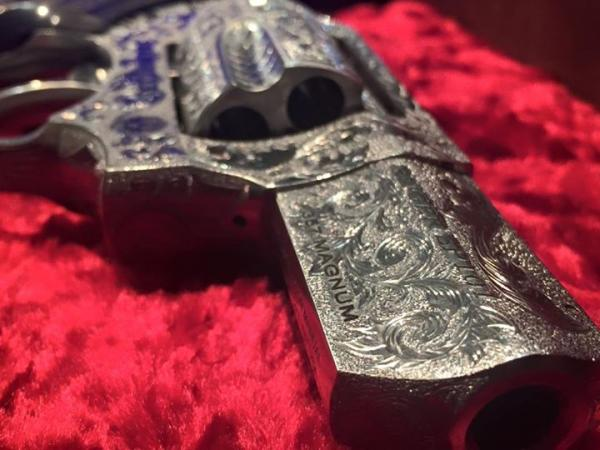 extensively-engraved-one-of-a-kind-berden-sp101-9-532.jpg