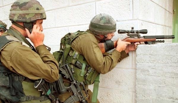 israeli-sniper-with-silenced-1022-517.jpg