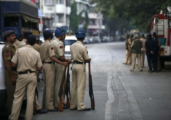 mumbai-police-215.jpg